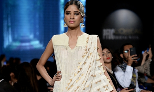 2018春夏婚纱[Misha Lakhani]巴基斯坦时装发布会