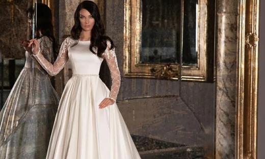 2021春夏婚纱[WONÁ Concept]纽约时装发布会